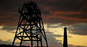 drilling-tower-226710_1280