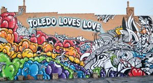Toledo-loves-wall