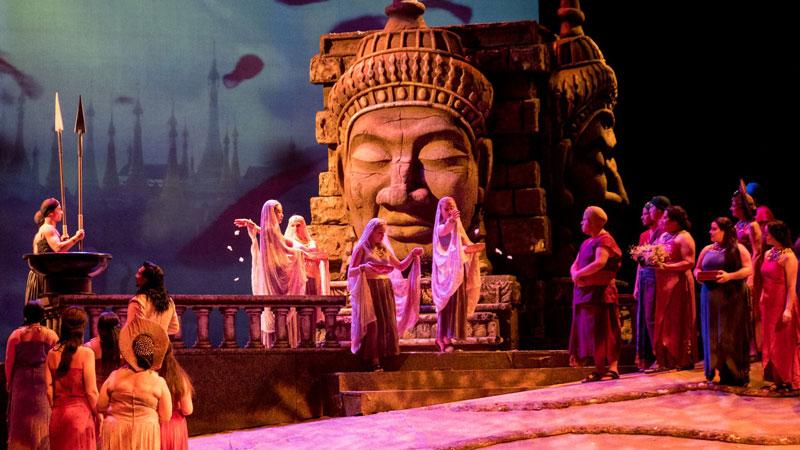 Strange Love Toledo Opera S Season Debut Bizet S The