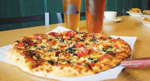 Chowline_-Shawn_s-Irish-Tavern---Pizza