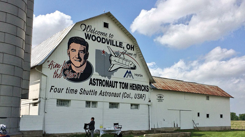 Col.-Tom-Henricks-Astronaut-Barn