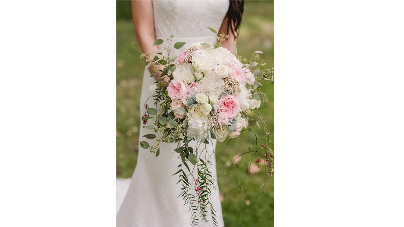Flowers: Beautiful Blooms by Jen.
