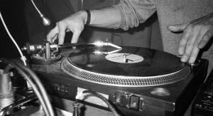 Music-Notes_-Vinyl-Tuesdays