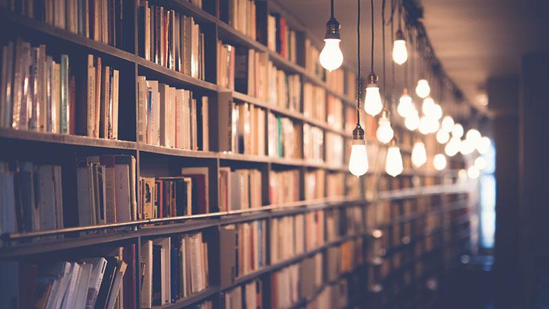 Book-Notes_-TRUST-ME---blur-book-stack-books-590493