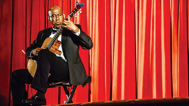 Toledo-based acoustic guitarist Hector Mendoza