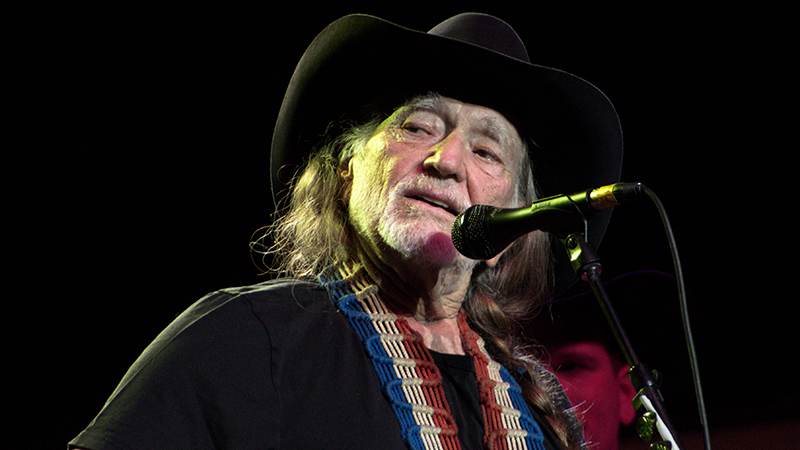 Cal-Notes--Willie_Nelson_2009