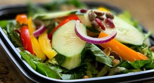 Chowline_-The-Fitness-Shack---paleo-salad