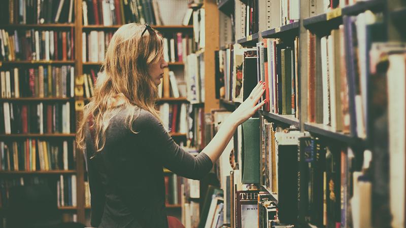 Book-Notes---library---stock-book-shelves-bookcase-books-926680