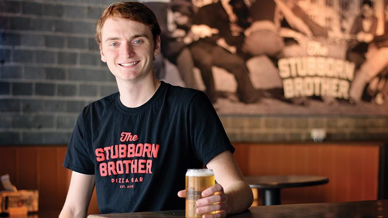 """StubbornBros_Andrew_BeerGuide_KMiller_091119 """"width ="""" 800 """"height ="""" 450 """"srcset ="""" https://toledocitypaper.com/wp-content/uploads/2019/09/StubbornBros_Andrew_BeerGuide_0Mal_ les documents à télécharger / 2019/09 / StubbornBros_Andrew_BeerGuide 800px """"/></p> <p><strong>Le Pizza Bar Frère Têtu</strong><br /><strong>  3115 W. Bancroft St.</strong><br /><strong>  419-720-1818.</strong><br /><strong>  11h-23h, lundi-jeudi et dimanche</strong><br /><strong>  11h-minuit, vendredi-samedi</strong><br /><strong>  Stubbornbrother.com</strong></p> <p><strong>Si je ne sais pas quel type de bière je veux, comment dois-je le savoir?</strong><br />Toute bière ira avec une tranche de pizza au fromage, alors commencez par une bière légère pour laver la tranche!</p> <p><strong>Quelles sont vos brasseries locales préférées?</strong><br />Earnest Brew Works, brasserie Maumee Bay et brasserie Patron Saints.</p> <p><strong>Qu'est-ce qu'une bière locale que tout le monde devrait avoir dans son réfrigérateur?</strong><br />Hippie croustillant de Earnest Brew Works.</p> <p><strong>Quelle bière peu connue devrait-elle être bue par tout le monde?</strong><br />MacQueen's Cider de Maumee Bay Brewing.</p> <p><strong>Pourquoi les bières Toledo sont-elles si spéciales?</strong><br />J'adore la fraîcheur locale et nos deux prises de prises avec les brasseries locales ont été très amusantes.</p> <p><strong>Quelle est la bière la plus chic de votre frigo en ce moment?</strong><br />Son Of A Peach de la RJ Rockers Brewing Co.: criez à mon oncle George et à Mancy's Bottle Shop!</p> <p><strong>Prédisez quel type de bière les gens vont boire dans un mois, un an et une décennie.</strong><br />Je suis trois bières dans cette interview et j'ai trop mangé de pizza avec elle, donc je ne réponds pas à cette dernière question. C'est trop dur et je vais aller faire une sieste!</p> <h2><strong>Taylor Kasten, barman</strong></h2> <p><img class="""