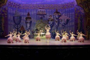 Ballet Theatre of Toledo, Nutcracker. Waltz of the Flowers.